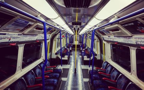 #latenight #tube #train #allbymyself #empty #carriage #piccadillyline #nightowl #perspective